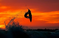 Surfing. Dynamicznie rozwijający się sport.