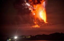 Erupcja wulkanu Calbuco. Czerwony alert.