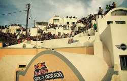 Freerunning na Santorini - Red Bull Art of Motion