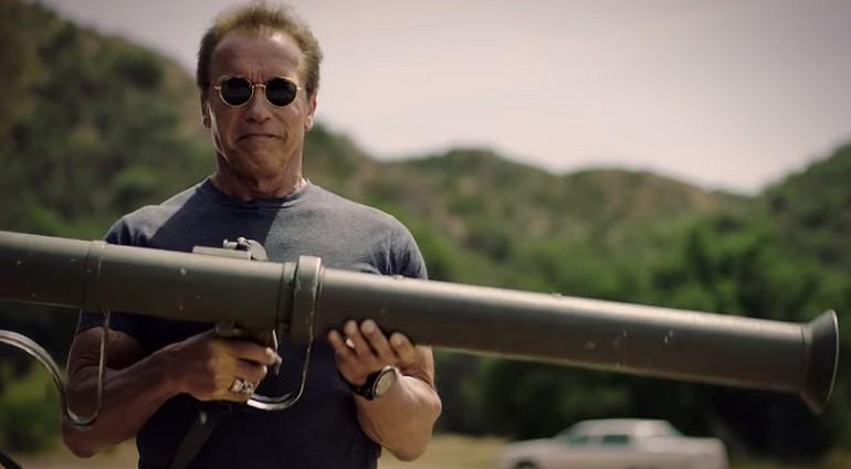 Arnold Schwarzenegger znów w akcji. Tym razem pomaga dzieciom.