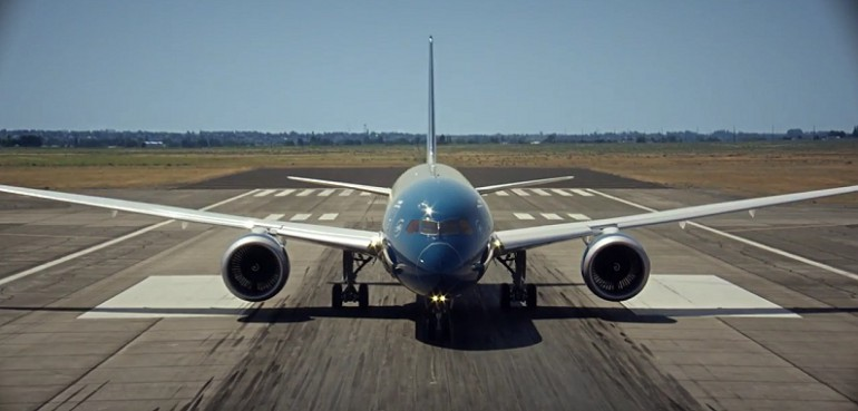 Pionowy start Boeinga 787-9 Dreamliner