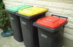 Uważaj co wrzucasz do śmieci