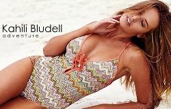 Modelka Kahili Bludell