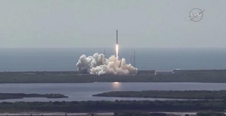 Rakiet SpaceX Falkon 9 eksplodowała w drodze do ISS