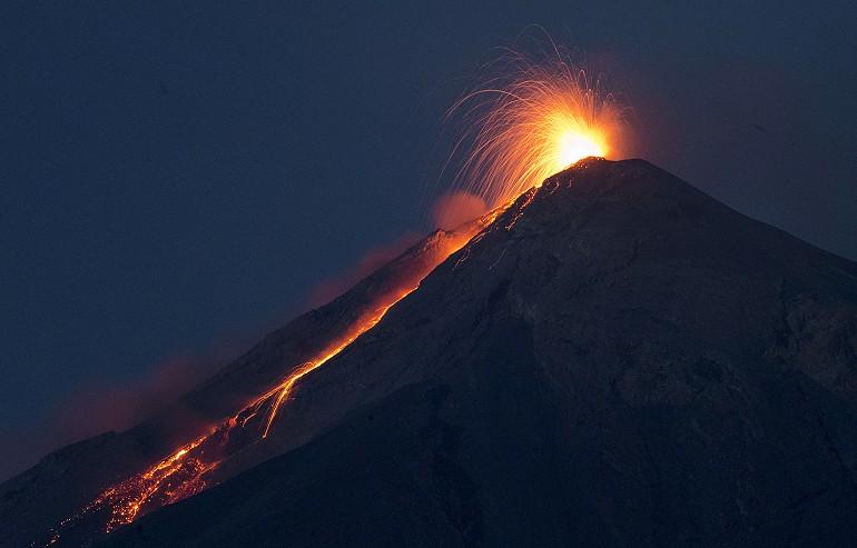 Volcano of Fire w Gwatemali znów wybuchł i dał o sobie znać