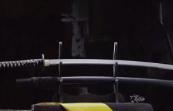 Wykonywanie miecza tradycyjna japońską metodą.