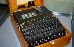 Maszyna Enigma sprzedana w  Sotheby za 233 000 dolarów