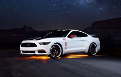 Ford Mustang na EAA AirVenture. Program Apollo 2015