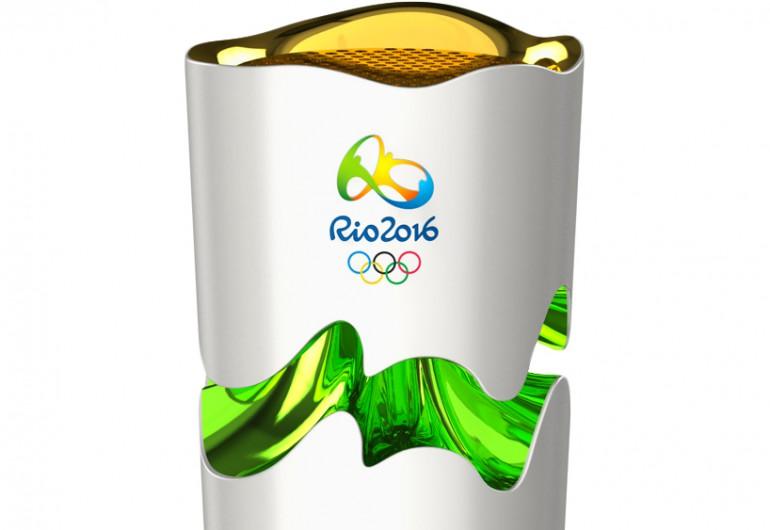 Rio de Janeiro 2016 Olimpijska pochodnia. Futurystyczne kształty.