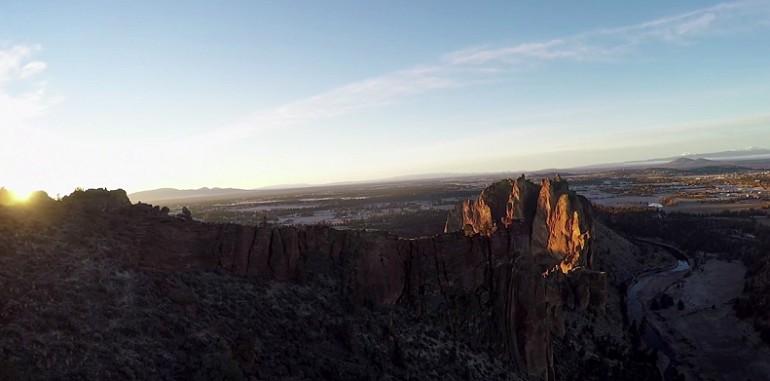 Wspinaczka na skałę Monkey Face w Oregonie.