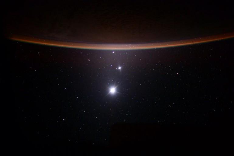 Na jednym zdjęciu Księżyc, Wenus, Jowisz i Ziemia z ISS