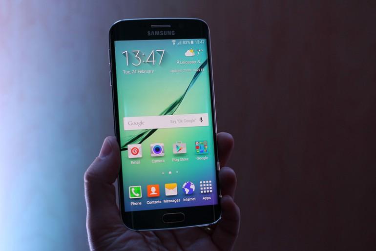 Cena telefonów Samsung Galaxy S6 i S6 Edge spada w Europie