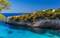 Majorka. Wyspa na morzy śródziemnym.