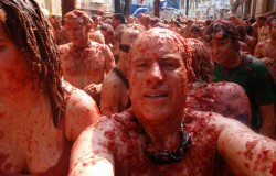 20.000 osób w Hiszpanii rzucało pomidorami.