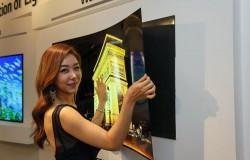 Giętki, elastyczny, przezroczysty, 60 calowy telewizor LG OLED 4K