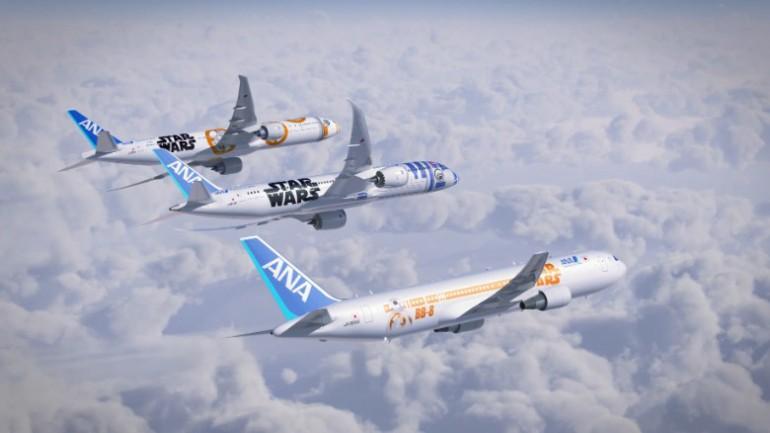 Nowe samoloty ANA ozdobione symbolami Star Wars – Gwiezdnych Wojen.