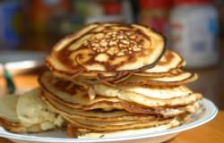 """Sobotnie śniadanie i delikatne amerykańskie placuszki """"pancakes"""""""