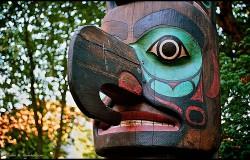 Hollywood zwróci indiański totem plemieniu Tlingit
