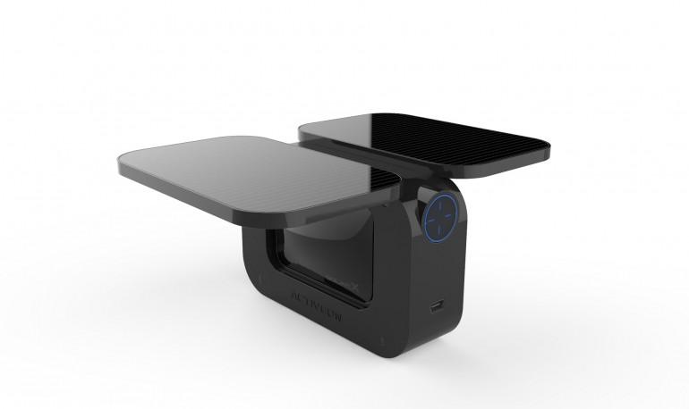 Activeon Solar X kamera z dodatkowymi panelami słonecznymi