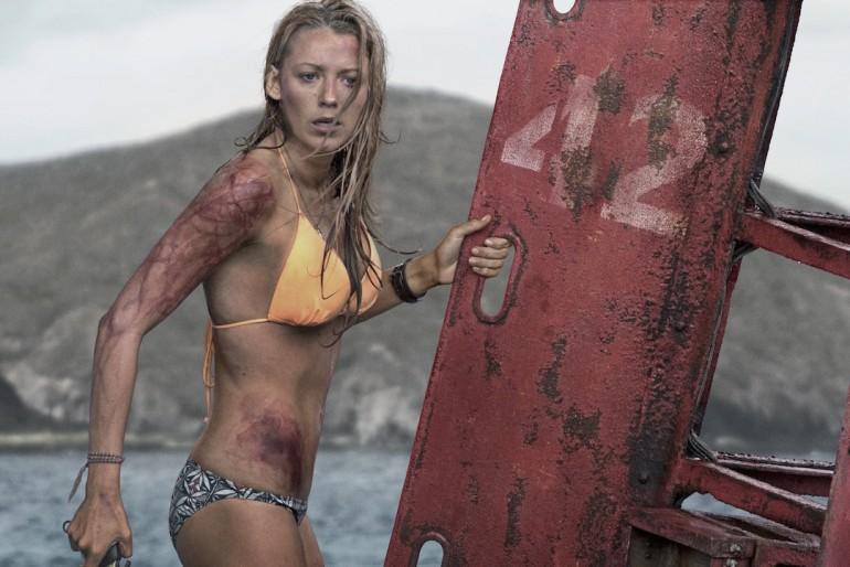 Przepiękna Blake Lively i żarłoczny rekin - trailer filmu