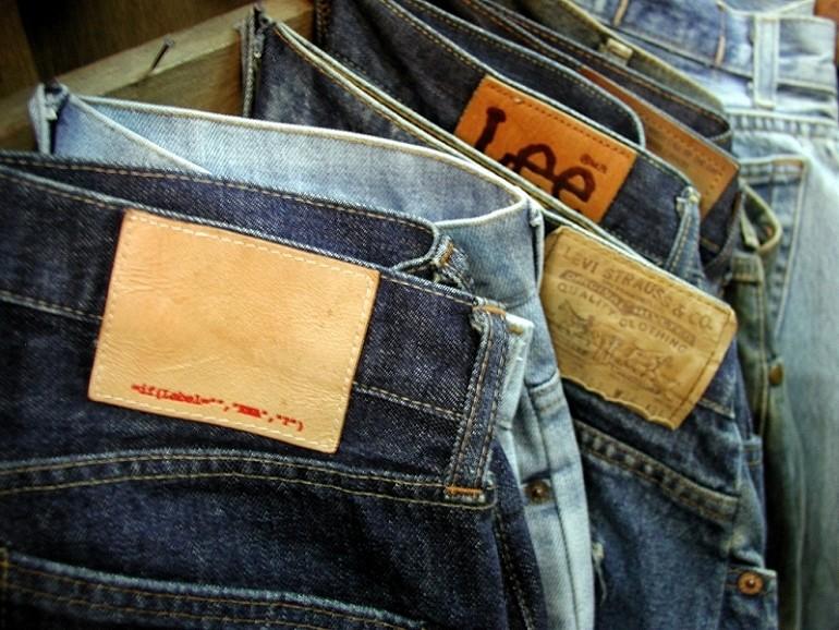 Jak sprawić aby nowe jeansy wyglądały na stare