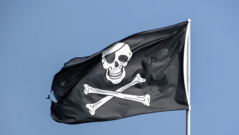 Piracka flaga i historia symboli czaszki i kości