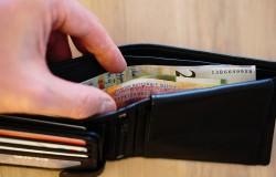 Jak oszczędzić więcej pieniędzy