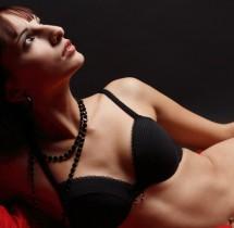 Kobieta jest jak czekolada słodka, gorzka i uzależnia