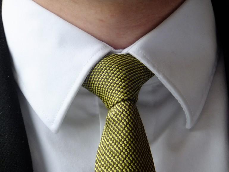 Jak wiązać krawat. Musisz to wiedzieć.