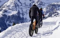 Zimą na rowerze. Szaleństwo na śniegu